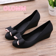 Slope heel jelly shoe lady Baotou waterproof rain thick sole slip-proof low upper shallow beach