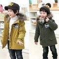 Envío libre muchacho del invierno engrosamiento en cap corderos de lana chaqueta de algodón acolchado ropa de abrigo niños coche de la historieta