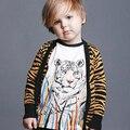 2016 Meninas Camisola Crianças Camisola Único Breasted Blusas de Algodão da Cópia Do Tigre da Cópia do Leopardo Do Bebê Da Menina Do Menino de Malha Blusa Menina