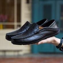 Mens chaussures en cuir véritable mocassins en plein air baskets respirantes et décontractées appartements étanche chaussures de conduite glissement sur les grandes tailles noir