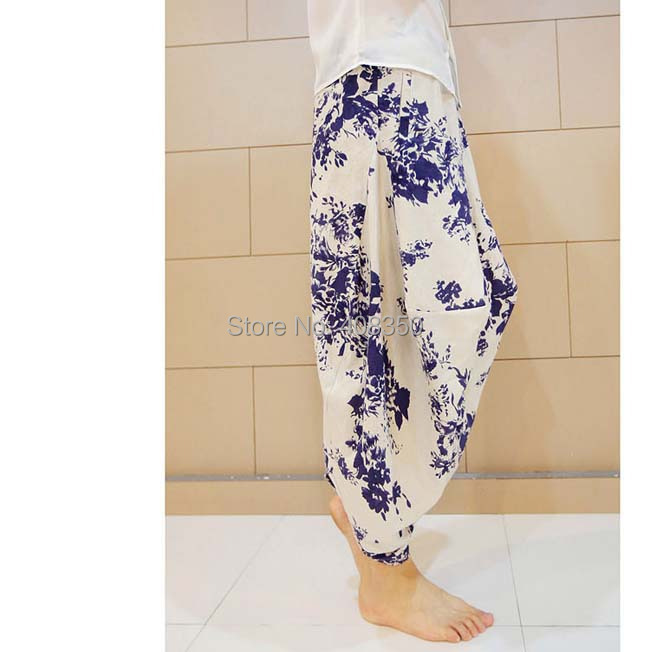 Blue-and-white Low Dropped Crotch Linen Harem Pant Mens Original Design Fashion Flower Loose Casual Summer Brand Beach Trousers 2015 HOT NEW (3).jpg