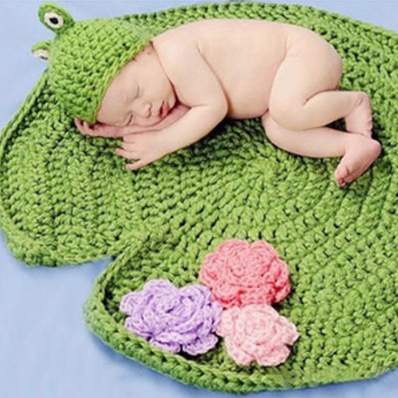 Neugeborenen Fotografie Prop Baby Marsh Frosch Blatt Unter Lilien ...