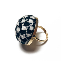 2017 New Arrival Plaid Cloth Finger Rings For Woman Princess Engagement Girl Fasion jewelry Personality Anel Charm Accessories