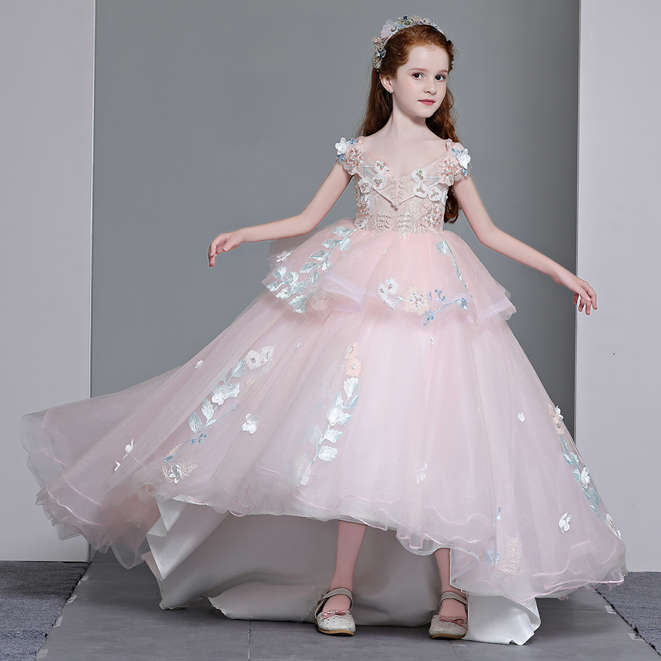 Marfoli 2018 New Arrilval Princess Asymmetric Dresses For Prom Girls Ball Gown Tulle Lace Dress with Sweep Train lace asymmetric shorts