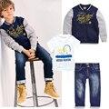 Nuevo Bebé de Los Niños Chicos Ropa de Moda Impresión de la Letra de la Chaqueta Outwear Niños gorra de Béisbol de Béisbol Capa + camiseta + Jeans 3 unids Outfit Set