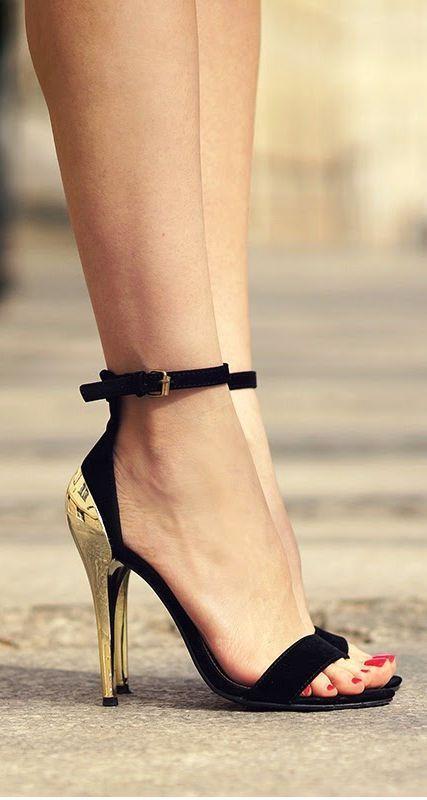 Heißer verkauf OL lady trendy schwarz wildleder desinger sandalen goldenen metall ferse pailletten kleid schuhe frau mode kontrast farbe hohe - 2