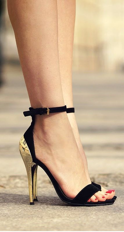 Hot selling OL lady trendy black suede desinger sandals golden metal heel sequined dress shoes woman fashion contrast color high - 2