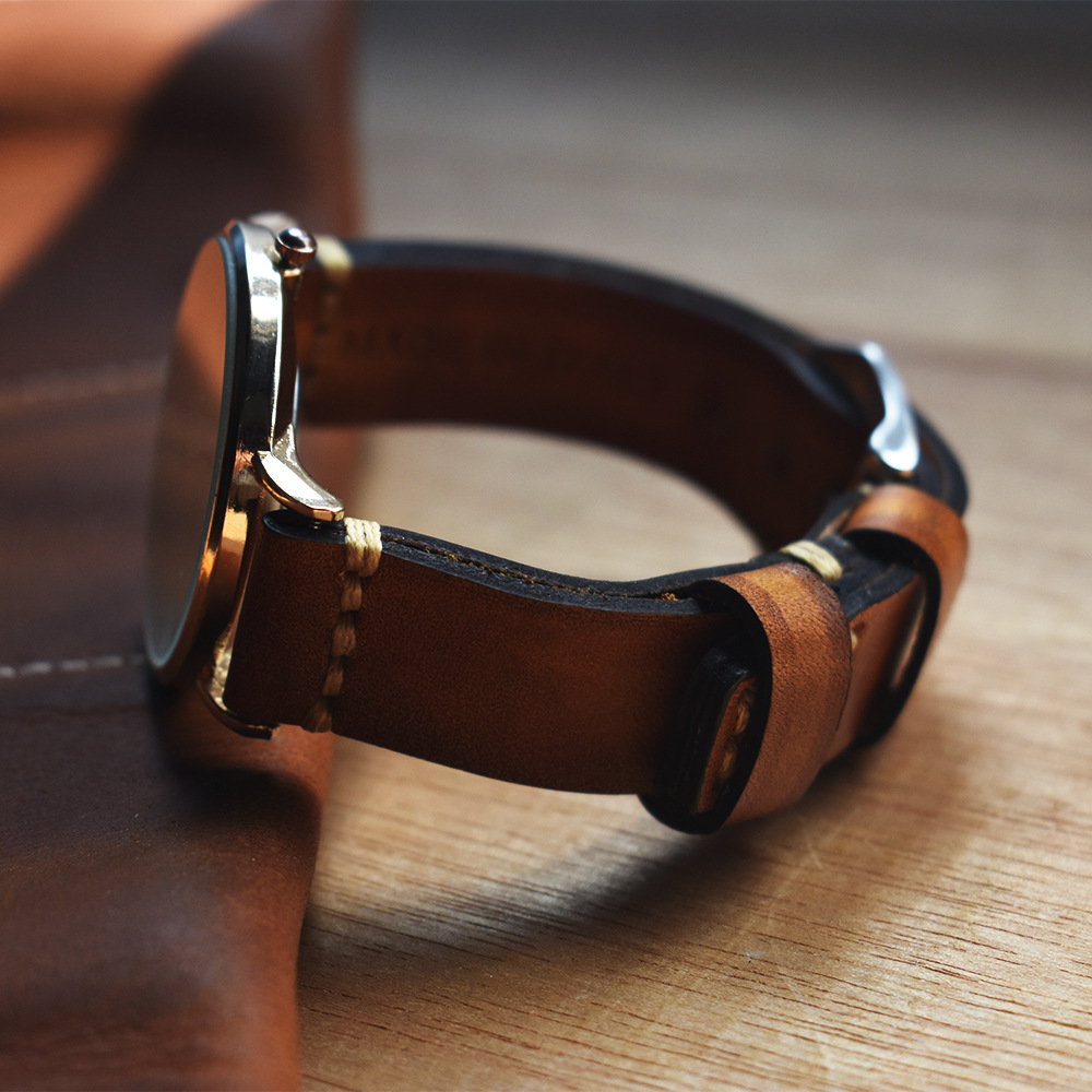 Hand-Stitched Vintage Suede Calfskin Watch Band Vegetable tanned leather Watch Strap Bracelets Hidden Buckle Design 20 22 24mm