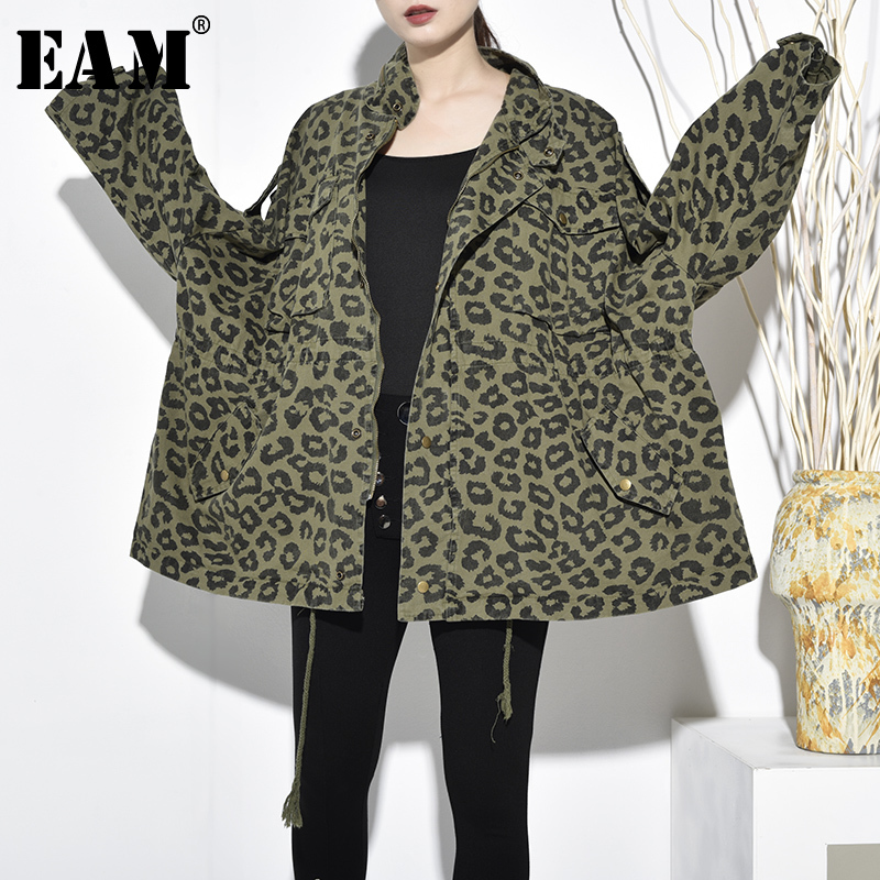 [EAM] 2019 Autumn Winter Fashion Long Sleeve Pockets Zippers Color Patchwork Loose Big Size Turn-down Collar Women Coat RA108