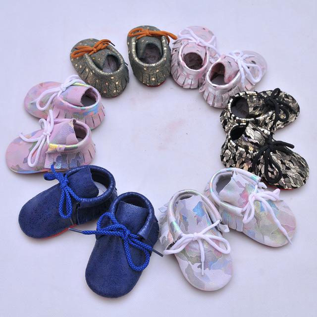 100 pares 2017 de La Moda bling bling del niño zapatos de bebé de los muchachos de cuero genuino mocasines zapatos de los niños del bowknot zapatos de bebé del niño