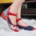 2017 новая Мода Женская Обувь, старый Пекин Мэри Джейн Квартиры С Повседневная Обувь, китайский Стиль Вышитые Ткани обувь женщина