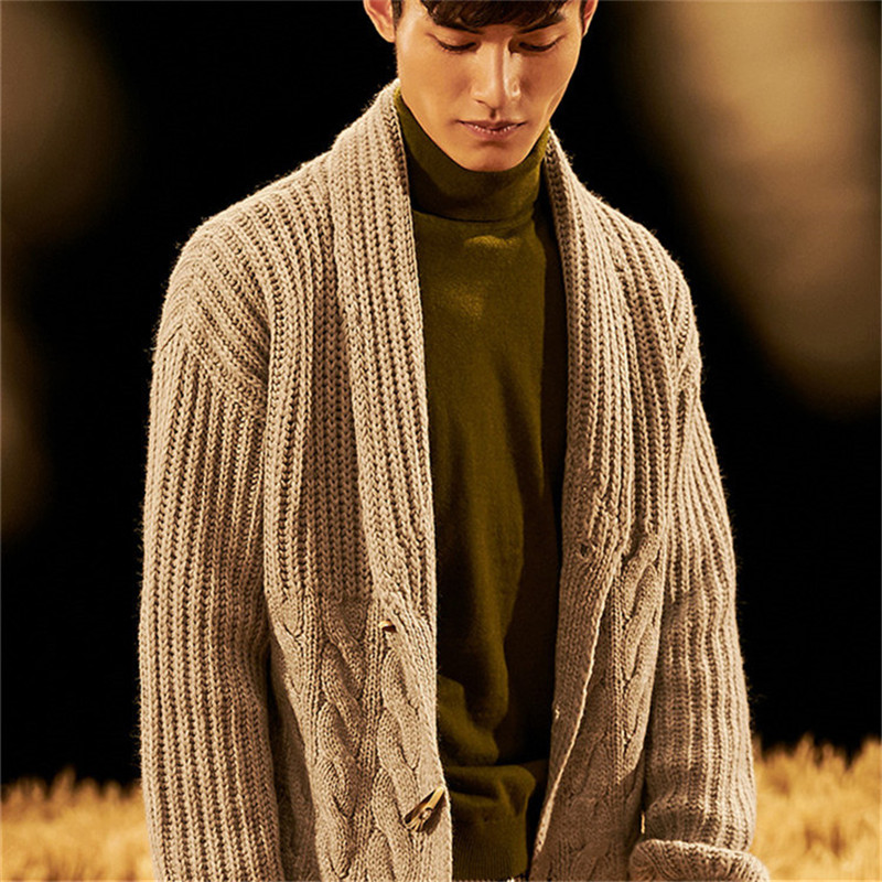 New Arrival 100% Hand Made Pure Wool Turn-down Collar Knit Men Fashion Solid Thick Single Breasted Cardian Sweater Customized