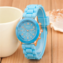 2017 Geneva Casual Watch Women Dress Watch Quartz Military men Silicone watches Unisex Wristwatch Sports watch relogio feminino