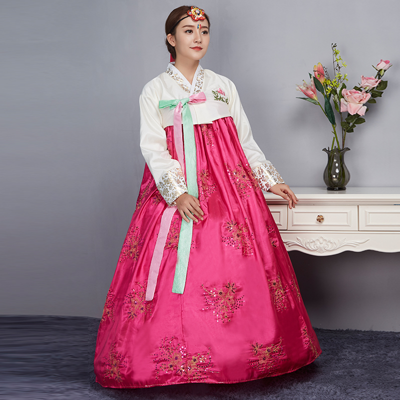 f4ee022954fc9 US $37.25 46% OFF|2017 New Year Korean Traditional Korean Hanbok Female  Palace Korean Hanbok Dress Ethnic Minority Dance Stage Cosplay Costume  89-in ...
