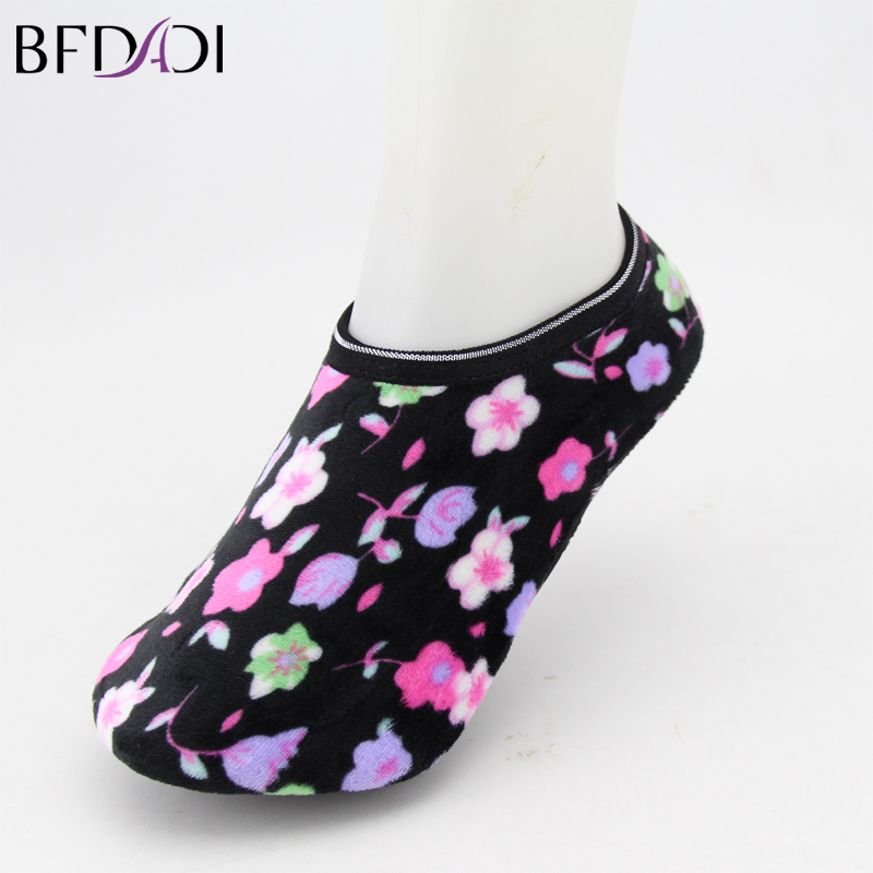 New 2017 High Quality Ladies Candy Colored Sock Slippers Women S Printed Short Socks Mix Colors