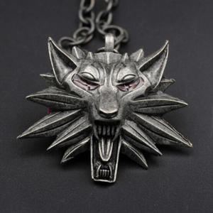 Vintage Punk Fashion Witch Pendant Necklace Stainless Stell Wolf Head Shape Collar Chain