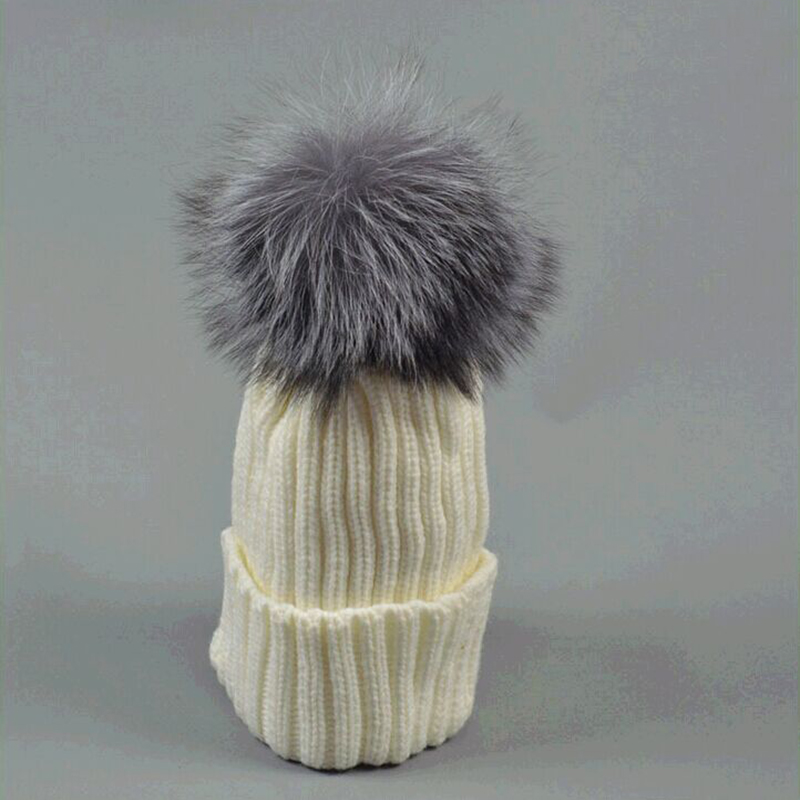 2015 Autumn and Winter New Fashion Warm Cute Thick Real Fur Fox Wool Hat with 18cm Hairball