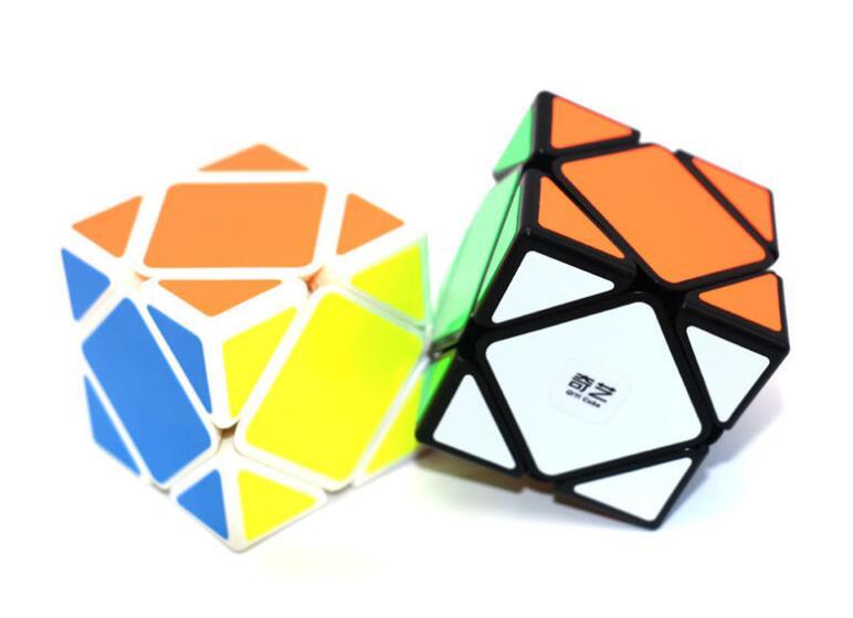 50PCS/lot Qiyi Qicheng Skewb Speed Cube Stickerless Magic Cube Puzzle Toys for Kids (QiCheng Version) коврики автомобильные autoprofi универсальные отстёгивающийся ковролин комплект 4 предмета пвх чёрные mat 420 bk