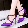 Moda primavera y verano zapatos de tacón alto femeninos tacones delgados señalaron toe correa cruzada sedas y satenes del todo fósforo sexy solo