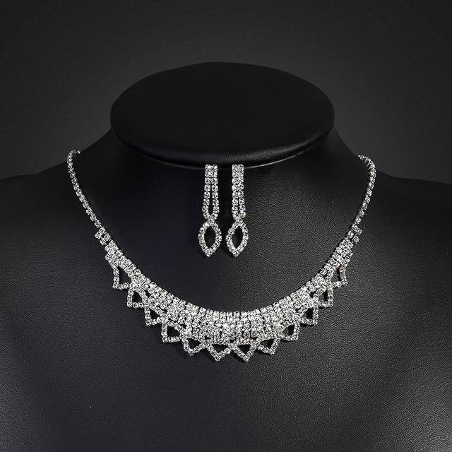 10b8ed26687b Elegante Juegos de joyería para novia rhinestone brillante collar de cristal  Pendientes Conjunto para las mujeres