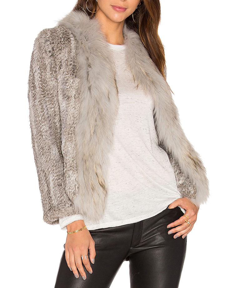 Women Clothes 2018 Winter Knitted Rabbit Fur Coats Raccoon Fur Collar Shorts Natural Fur Overcoats Jackets Garments Jackets in Real Fur from Women 39 s Clothing