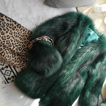 New Style High-end Fashion Women Faux Fur Coat 17S46