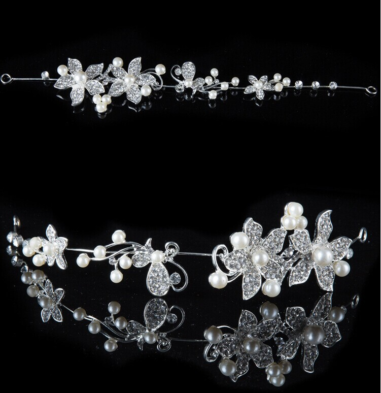 HTB1lIObPVXXXXaRXVXXq6xXFXXXd Luxury Silver/Gold Rhinestone Pearl Jewel Flower Hair Accessory For Women - 2 Colors