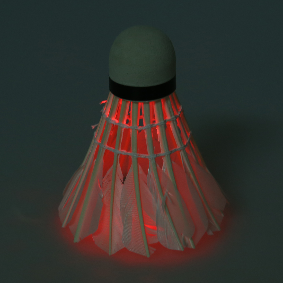 5 компл. продажи Темная ночь светодиодный Бадминтон Волан птички Lightingpack из 3) (красный)