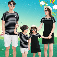 Striped T-shirt Short Pants Family Clothing 2020 Summer Mother Daughter Dress Family Matching Outfits Father Son Clothes Set family look clothing 2020 summer mother daughter dress family matching outfits father son t shirt short pants clothes set