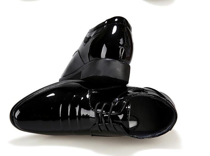 2018 Nuova Estate Degli Uomini DELL'UNITÀ di elaborazione Disegno Pieghettato Formale Scarpe In Pelle Microfibra di Qualità Scarpe Uomo Traspirante Scarpe Da Uomo Per Il Business