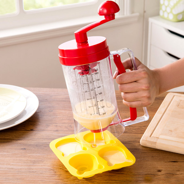 Manual Pancake Batter Dispenser Cupcake Baking Essentials Cake Batter