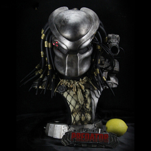Cool ! White model Predator 1/2 Iron Fighter Statue Bust Decoration Statue Resin Hand Work Model Office Decoration