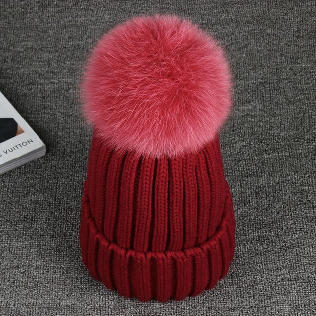 2016 New Knitted Hats For The Winter with 13CM Fox Fur Ball Tops Women Acrylic Russian Cap Beanies Casual Women's Fur Hat