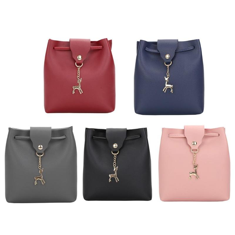 Women Leather Shoulder Bag Fashion Black Bucket Bag with Deer Toy Casual Female Large Handbag Women Messenger Crossbody Bags цены