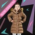 Meninas do bebê Casaco de Inverno Com Capuz De Pele 2016 Único Breasted Sólidos Parka para Crianças 4-10 Anos Meninas de Veludo Com Zíper Snowsuit