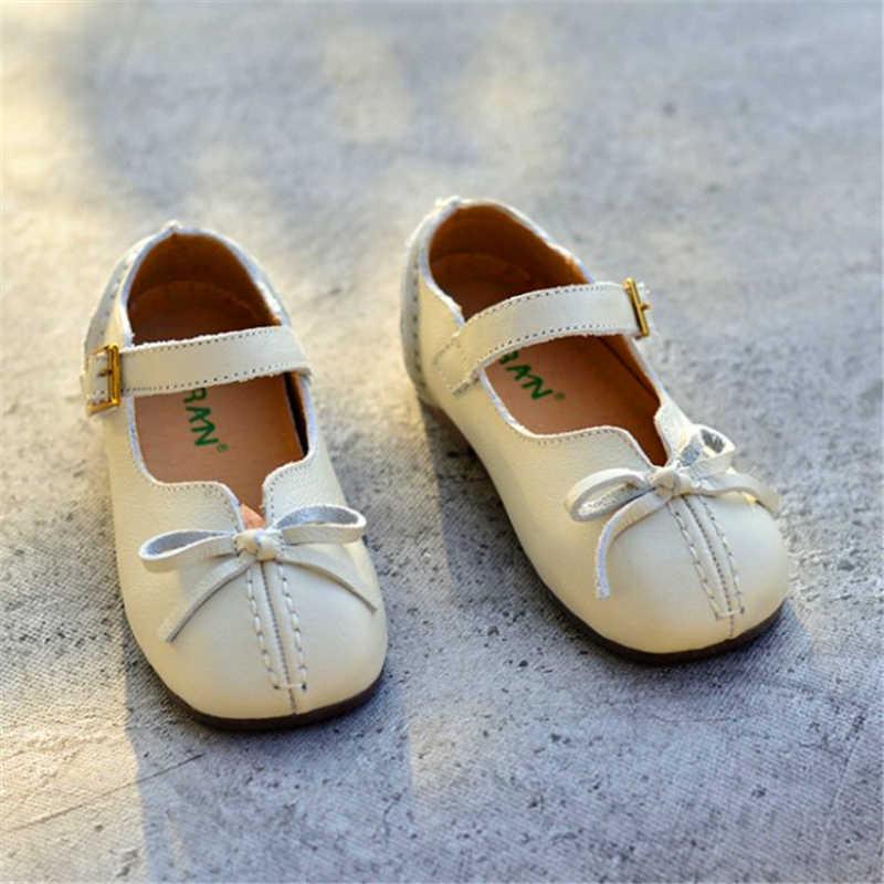 EEN paar Binnen en buiten 100% echt leer meisjes enkele schoen kinderen zwarte Koeienhuid tonen schoen baby vierkante kop prinses schoen