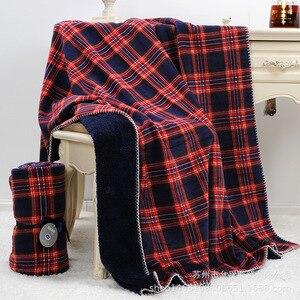 Image 2 - Plaid rouge quadrillé écossais 2 couches