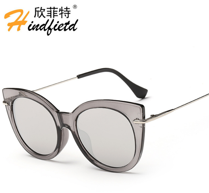 Gros Mode Couleur Femmes Polarisées lunettes de Soleil Hommes En Plastique  cadre En Titane lunettes de Soleil Réfléchissant UV400 lentille Lunettes de33809de40a