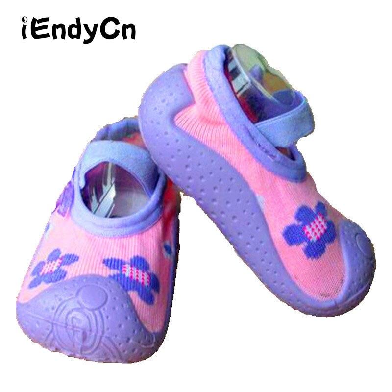 """""""iEndyCn"""" naujagimio kojinės su gumos padais Pavasario kūdikių kojinės kūdikių kojinės Anti-Slip Baby Girl berniukų pirmosios pėsčiomis LMY236YD"""