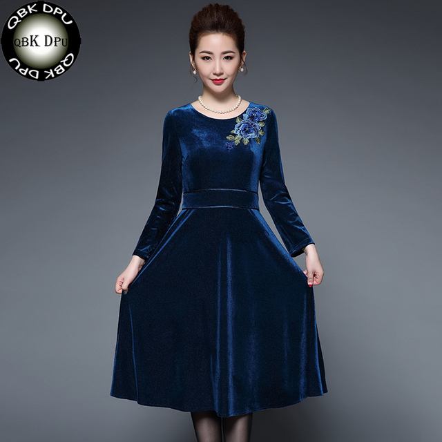Elegant flower embroidery Velvet Dress Winter Dresses Women 2018 Vintage  Long Sleeve Ladies Office Dresses Party Vestidos Femme 04f03366f4c2
