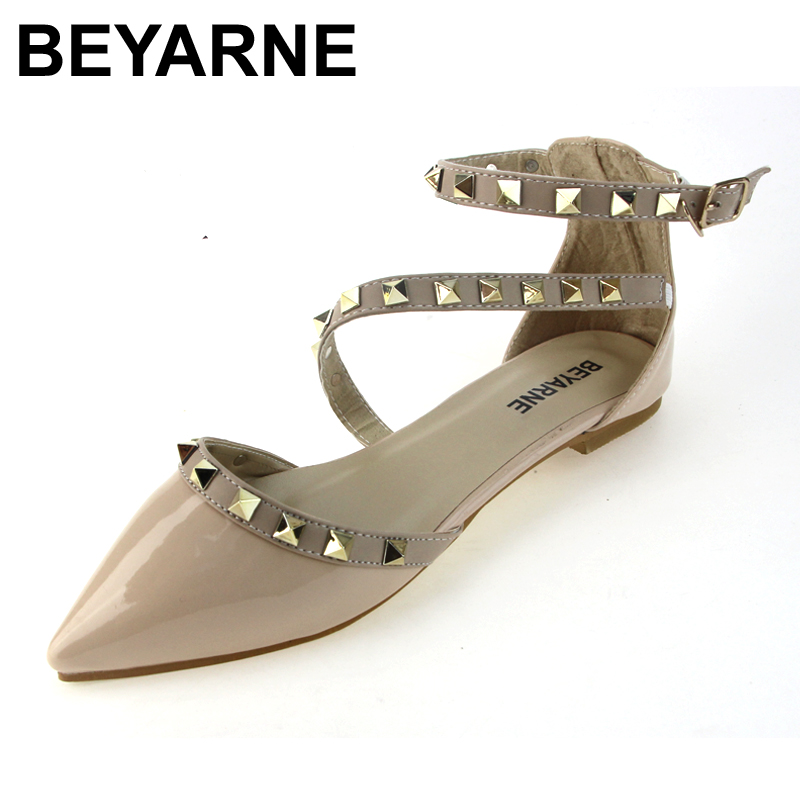 BEYARNE New 2017 Fashion  women Patent Leather rivets women flats shoes Sexy Pointed toe women low heels shoes woman beyarne rivets decoration brand shoes flats women spring autumn fashion womens flats boat shoes sexy ladies plus size 11