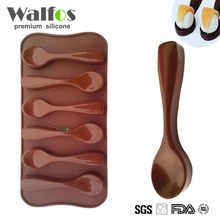 1 pc 6 Holes Spoon Shape Silicone Chocolate Mold DIY Cake Decoration Mold Jelly Ice Baking Mould 1pc random color honey comb bees mold beeswax silicone pan cake mould ice jelly chocolate mold diy cake decoration ok 0975