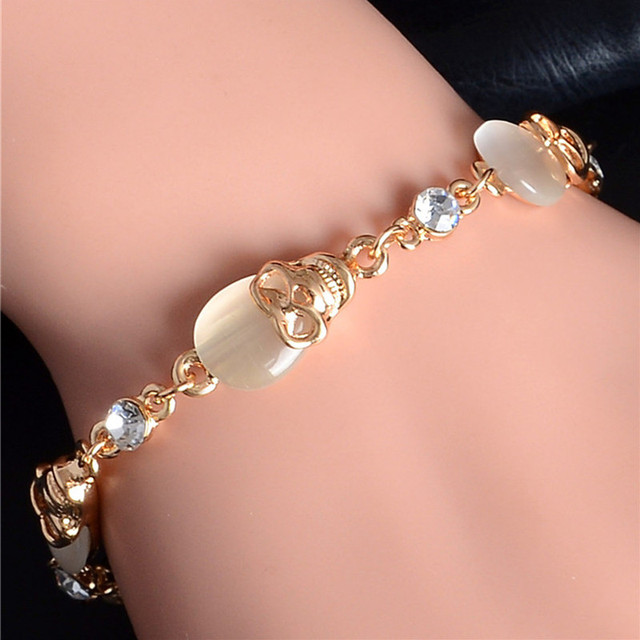 SHUANGR Gold Color Austrian Crystal Skull Charm Bracelets Party Chain Bracelet Fashion Jewelry for Women TH433