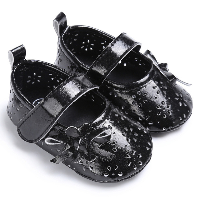 Fashion Summer Baby Girls Shoes First Walkers Breathable Hollow Out Anti-slip Hard Sole Crib Baby Dress Shoes 4 color