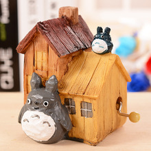 The new wooden hand bell music Hayao Miyazaki Totoro box birthday gift resin ornaments