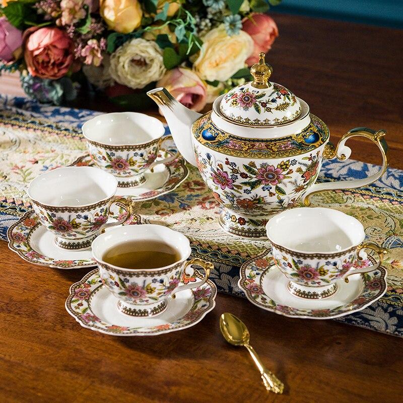 ยุโรป Bone Porcelain Teaware, อเมริกันชุดถ้วยกาแฟสำหรับใช้ในครัวเรือนอังกฤษกาน้ำชาชุด Afternoon Camellia ถ้วยชาชุด