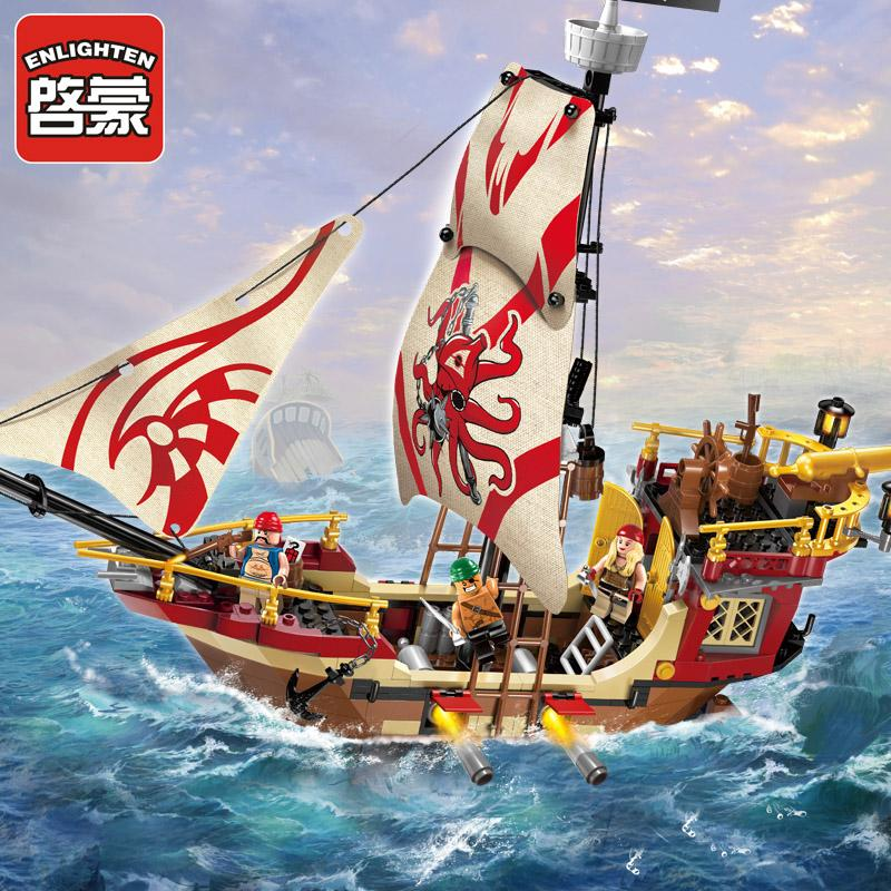 купить 368PPcs Pirate Ship Dragon Boat Building Blocks Enlighten Marauder Ship 3D Construction Eductional Assemble Toys For Children недорого