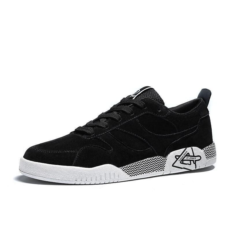 Prix pour 2017 nouveau printemps hommes sneakers hommes planche à roulettes chaussures de sport résistant à l'usure confortable athlétisme chaussure noire-dentelle livraison gratuite chaussures