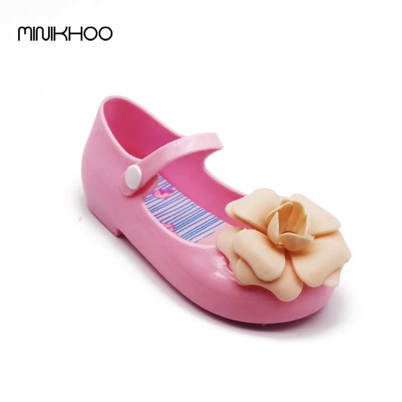 3df1819aacb6e Mini Melissa New Girls Sandals Girls Shoes Camellia Sandals Beach Shoes  Children Jelly Flowers Shoes Anti-Skid Shoes