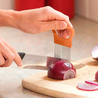DAIGOU 1PC Tomato Onion Vegetable Slicer Cutting Aid Guide Holder Slicing Cutter Gadget Kitchen Tools For Protecting Finger 508